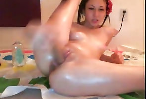 Asian;Brunettes;Cumshots;Sex Toys;Webcams;Twister;Cam Girl Cumming on the...