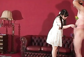 Japanese;Femdom;HD Videos;CFNM;Slave;Whipping Japanese CFNM...