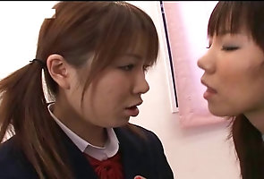 Japanese;Lesbians;Softcore;How to Kiss;How to;Teaching;Kiss teaching each...